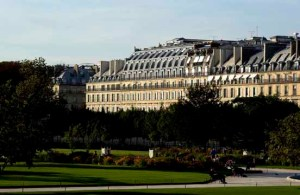This image has an empty alt attribute; its file name is f-h6380_27275561_1_facade-from-the-tuileries-garden-72.jpg